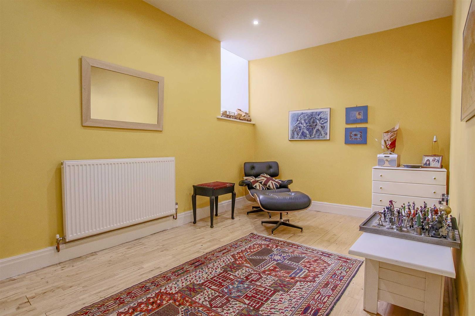 5 Bedroom Detached House For Sale - Image 47